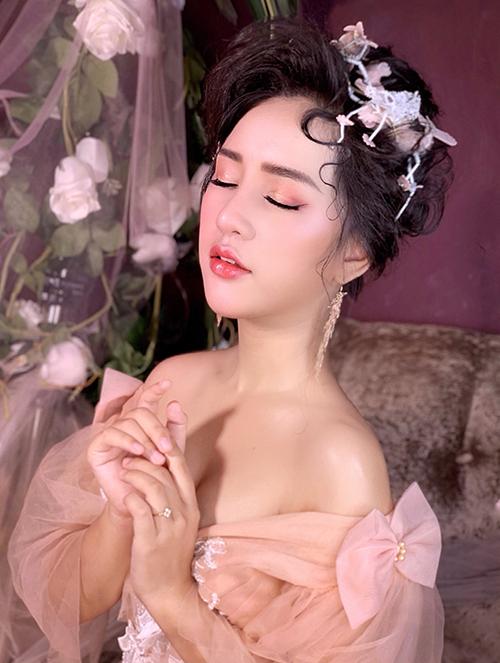 Makeup cô dâu sương sương cho mùa hè nóng nực - 3