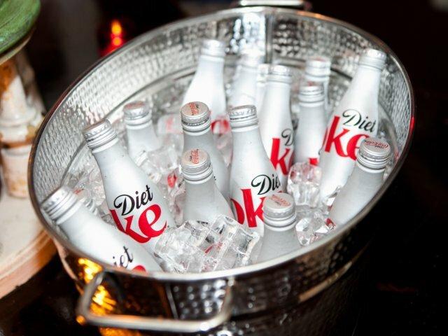 Diet Coke - nước giải khát gắn với hình ảnh Taylor Swift. Ảnh:Shutterstock.