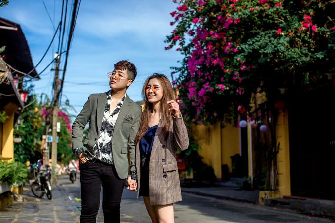 Trong một tập phát sóng của Solo cùng Bolero, Tú Tri đã công khai chuyện tình cảm với Yun Bin, khiến nhiều người hâm mộ không khỏi bất ngờ.