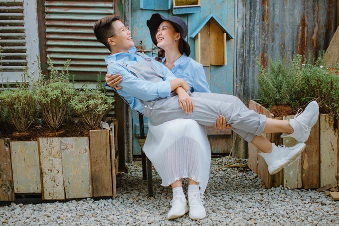 Cặp nổi tiếng chi khoảng 70 triệu đồng cho bộ ảnh cưới.