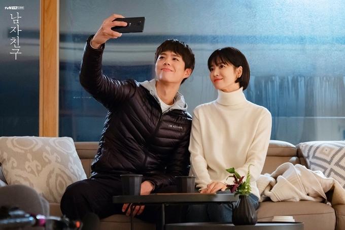 Phim Gặp gỡ của Song Hye Kyo bị khiếu nại chưa trả tiền lương cho thành viên đoàn.
