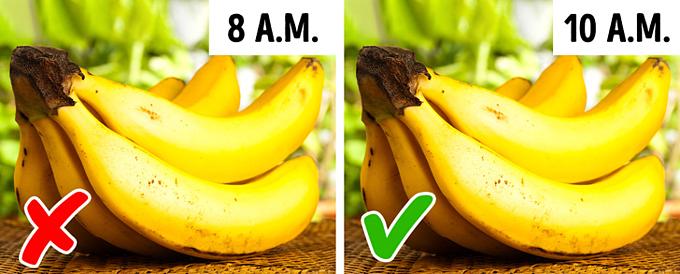 12 loại thực phẩm có thể gây hại nếu bạn ăn sai thời điểm