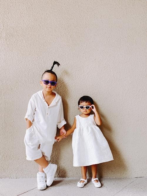 Nhím và Linh Đan thể hiện khả năng làm mẫu nhí.