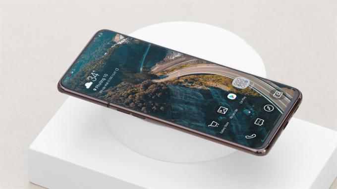 Đặt trước Galaxy A80, nhận tai nghe 4 triệu đồng tại Thế Giới Di Động - 3