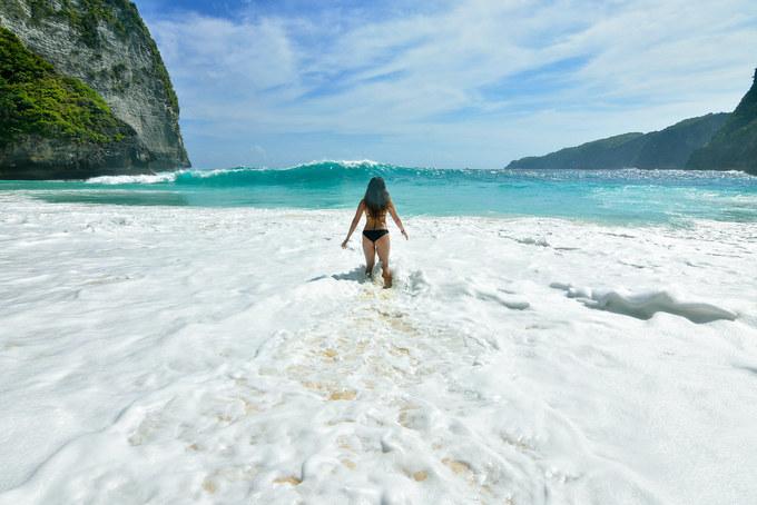 Bãi biển đẹp nhưng nguy hiểm chết người ở Bali