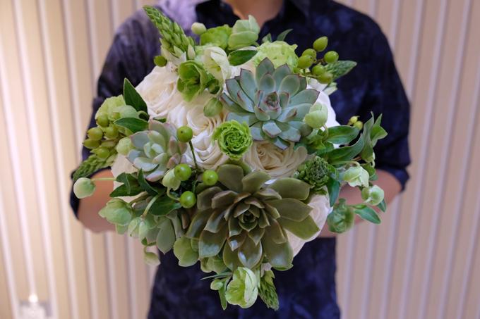2 bó hoa cưới, 2 hoa cài áo của Đàm Thu Trang - Cường Đôla - 11