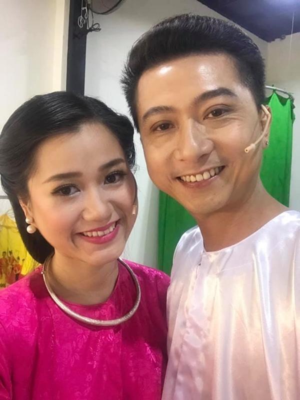 Cuộc sống của gia đình Lâm Vỹ Dạ - Hứa Minh Đạt sau 9 năm kết hôn - 7