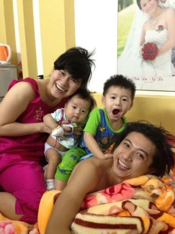 Cuộc sống của gia đình Lâm Vỹ Dạ - Hứa Minh Đạt sau 9 năm kết hôn - 2