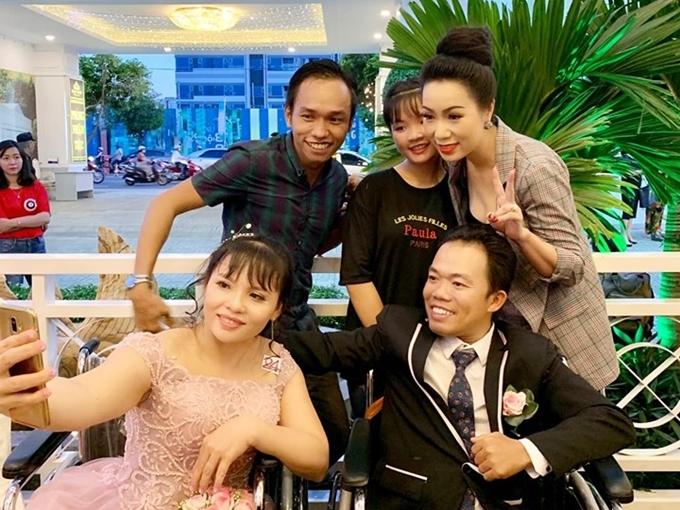 Á hậu Việt Nam 1994 cũnghy vọng câu chuyện tình yêu của 41 cặp đôi khuyết tật sẽ lan tỏa tinh thần sống mạnh mẽ, lạc quan đến mọi người.