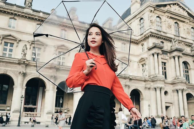 Mọi người ơi, mọi người có nghĩ rằng phụ nữ độc lập, mạnh mẽ sẽ hạnh phúc không?, Trương Ngọc Ánh hỏi fan.
