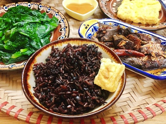 Một bữa ăn lợi sữa của Minh Chuyên.