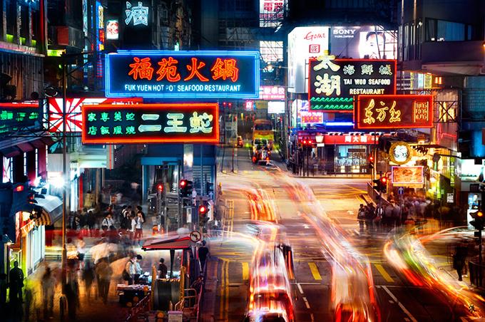 Trang phục tránh mặc khi du lịch Hong Kong lúc này