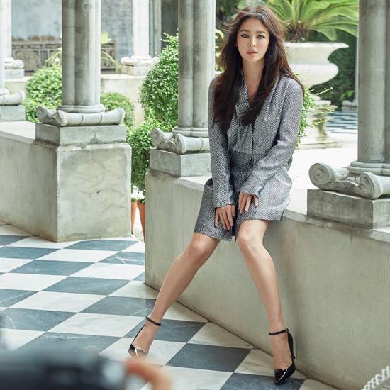 Song Hye Kyo mặc sexy hơn sau khi bỏ chồng - 3