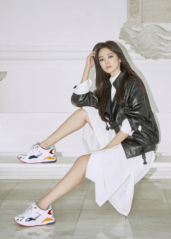 Song Hye Kyo mặc sexy hơn sau khi bỏ chồng - 8