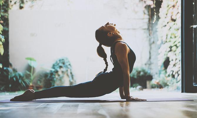 18 tư thế yoga giúp giải phóng cảm xúc, ngăn ngừa stress