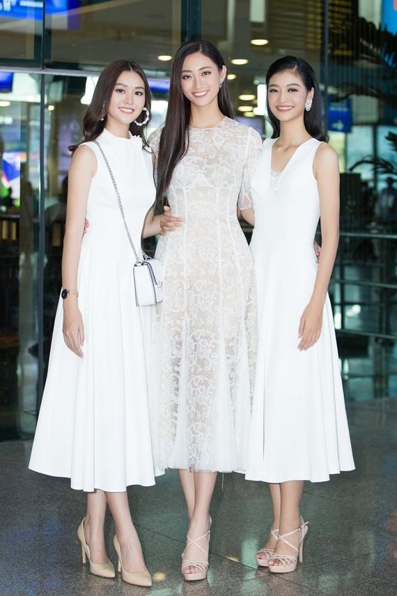 Phong cách của Hoa hậu Lương Thùy Linh và hai Á hậu sau đăng quang - 4