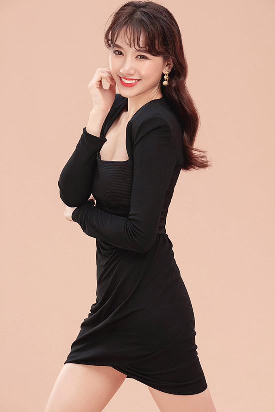 Ở tuổi 34, ca sĩ lai hai dòng máu Hàn Quốc và Việt Nam được nhiều người khen trẻ đẹp, quyến rũ. Cô từng bị phát tướng nhưng hiện đã biết cách kiểm soát cân nặng ở mức ổn định.