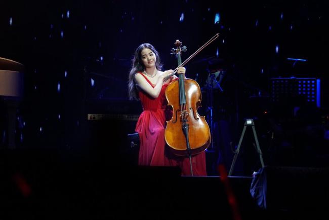 Những khoảnh khắc đẹp của Na Na trên sân khấu.