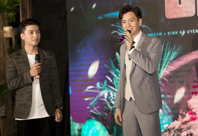 Ngô Kiến Huy tại buổi họp báo ra MV Truyền thái y tối 27/8, tại TP HCM.