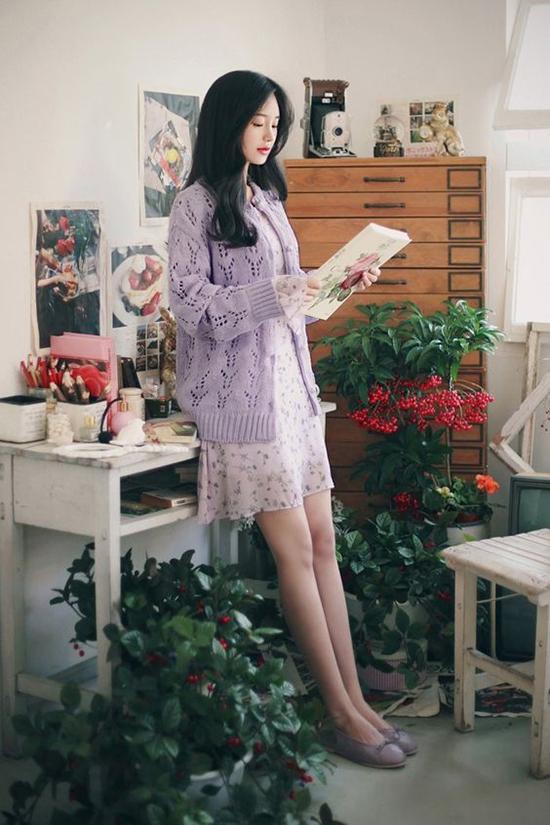 Cách mix trang phục đồng điệu về màu sắc góp phần mang lại sự hài hoà cho tổng thể và tôn dáng cho người mặc.
