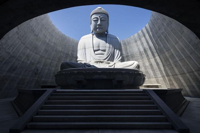 Tượng Phật chìm dưới đất ở Nhật - 4