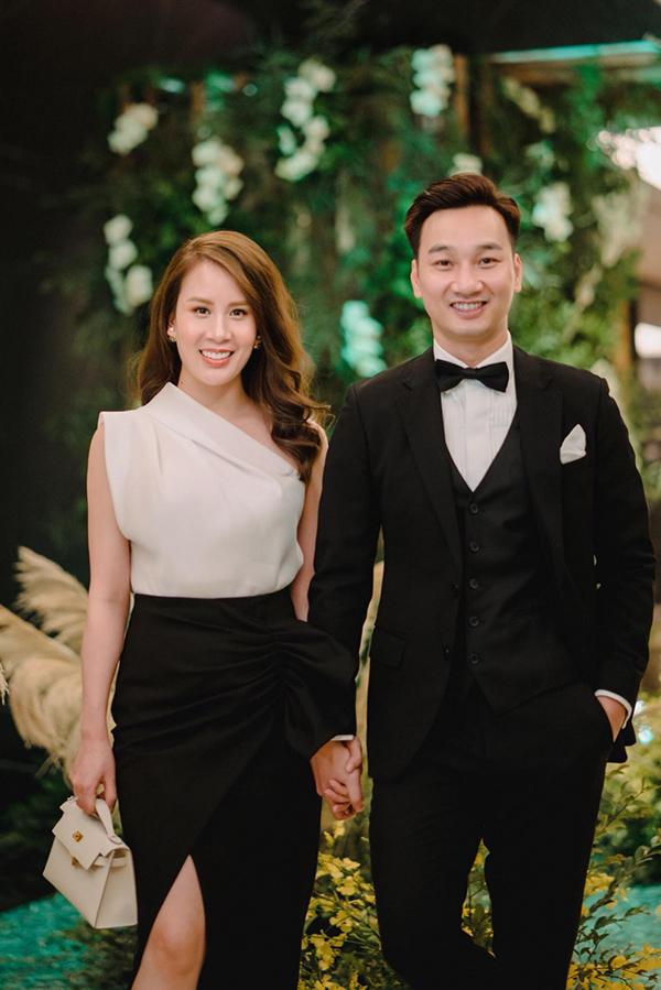 MC Thành Trung và bà xã Ngọc Hương.