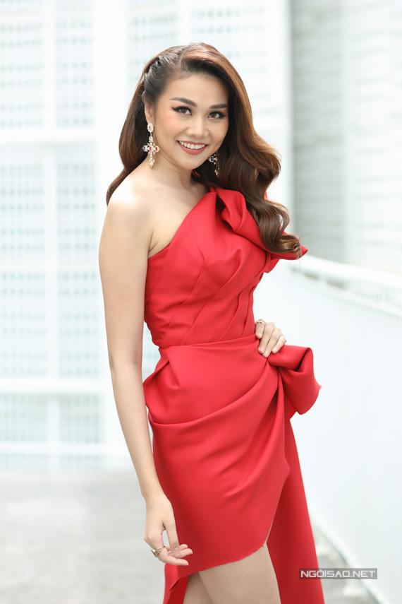 Đây là lần đầu tiên Thanh Hằng làm giám khảo Hoa hậu Hoàn vũ Việt Nam. Năm 2015, cô được ban tổ chức mời chấm thi nhưng không thể tham gia vì bận. Lần cầm cân nảy mực này, Thanh Hằng mong muốn tìm kiếm các ứng viên mang vẻ đẹp hiện đại, tự tin, bản lĩnh để đại diện Việt Nam dự thi Miss Universe.