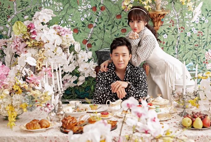 Bận rộn với công việc nhưng Trấn Thành - Hari Won vẫn luôn dành thời gian cho nhau. Cặp đôi đang tận hưởng hạnh phúc vợ chồng son.