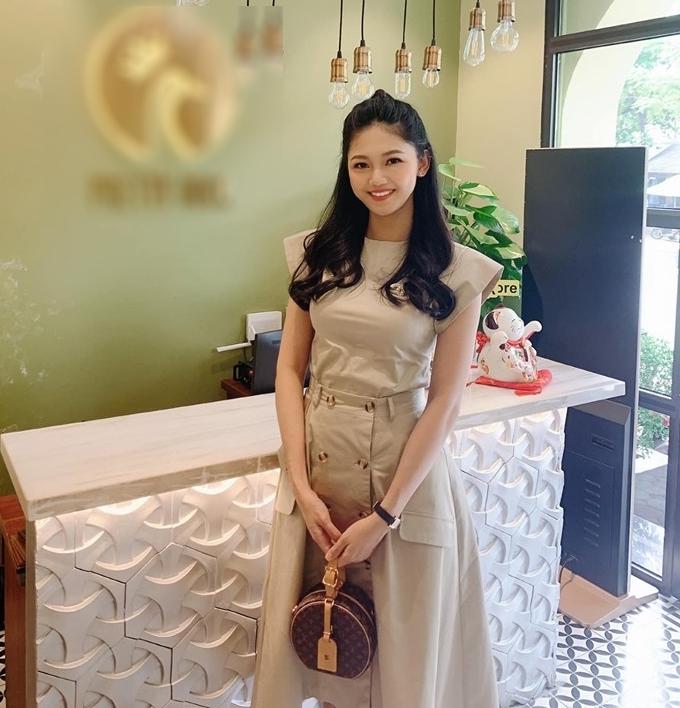 Á hậu Thanh Tú giảm 10 kg trong 2 tuần sau sinh - 6