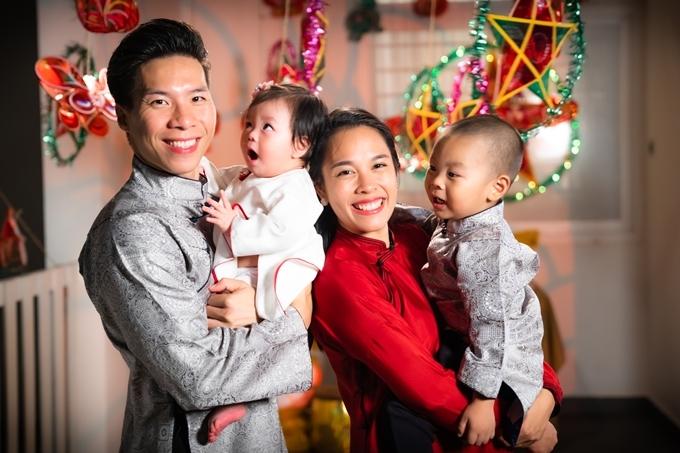 Quốc Nghiệp và Ngọc Mai sống với nhau hơn ba năm, hiện có hai con Hùng Tâm - Tâm An.