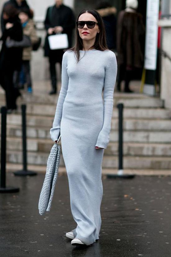 Váy len không khó sử dụng, tuy nhiên nó lại dễ để lộ nhược điểm hình thể của người mặc. Vì thế đây không phải là trang phục phù hợp với các nàng có phần bụng dưới hơi to.