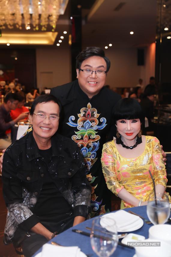 Vợ chồng nghệ sĩ cải lương Thanh Điền - Thanh Kim Huệ ủng hộ chương trình của Gia Bảo.