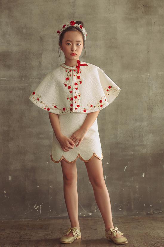 Đầm cổ điển cho bé gái - 4