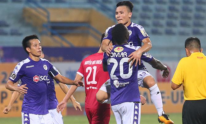 Quang Hải lập cú đúp giúp Hà Nội thắng ngược Viettel