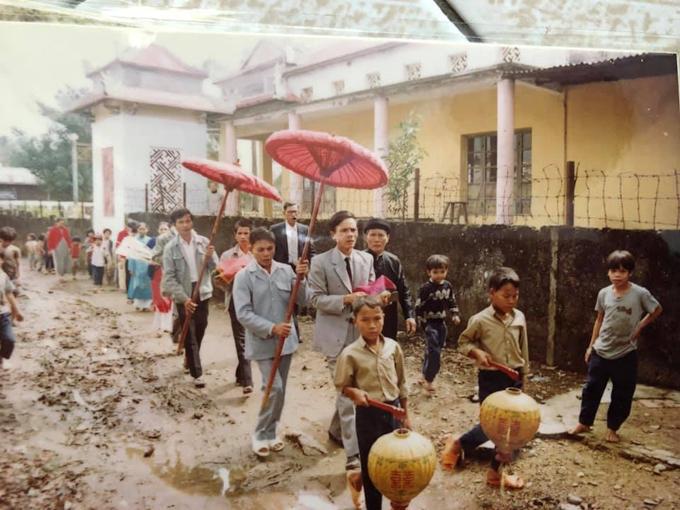Đám cưới mùa mưa ở Huế năm 1991 - page 2 - 9