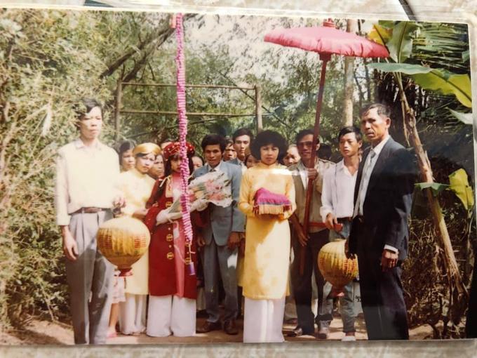 Đám cưới mùa mưa ở Huế năm 1991 - page 2 - 16