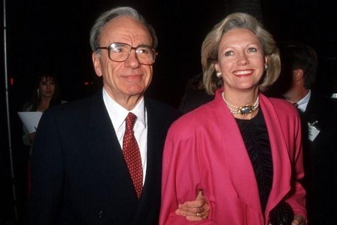 Tỷ phú Murdoch và người vợ thứ hai,Bà Anna Torv thời còn mặn nồng. Ảnh: IBT.