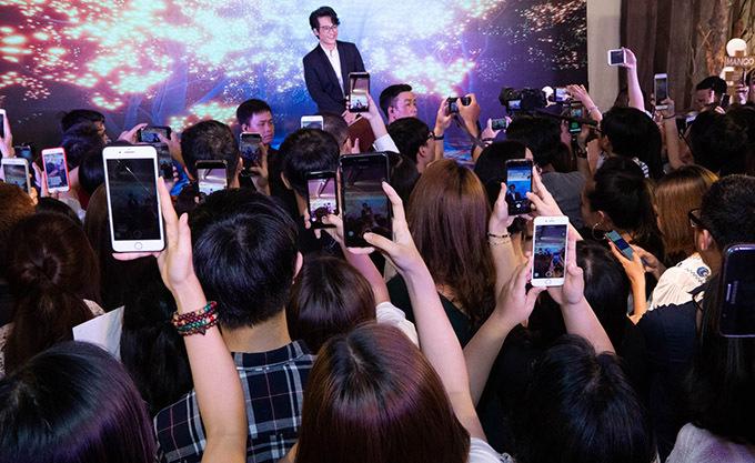Sau sự cố cháy vé liveshow, Hà Anh Tuấn khiến fan bấn loạn - Ảnh 1.