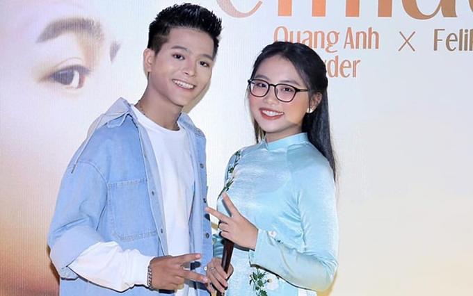 Phương Mỹ Chi đếnchúc mừng Quang Anh trong ngày anh ra mắt MV mới.