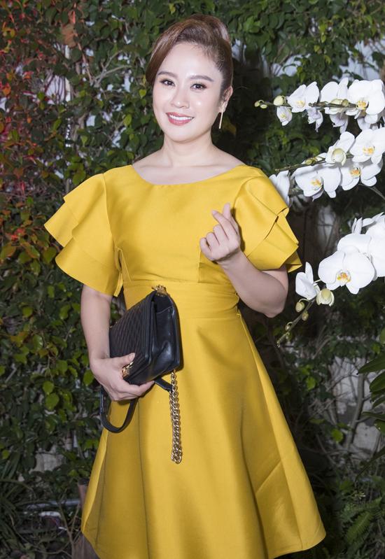Diễn viên, nhà sản xuất Thanh Thúy góp mặt trong dàn sao nữ dự buổi tiệc tối 22/9.