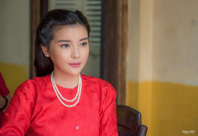 Cao Thái Hà xinh đẹp nhưng thủ đoạn trong phim Tiếng sét trong mưa.