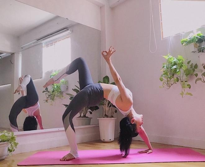 Yoga từ lâu đã là bài tập không chỉ tốt cho sức khỏe, thể chất mà còn rất có lợi trong việc giải tỏa căng thẳng, nâng cao tinh thần.