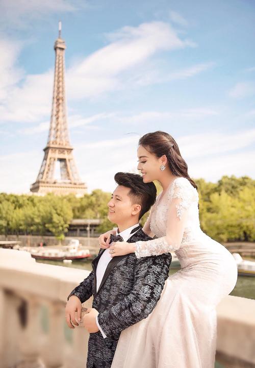 Thiệp cưới của đạo diễn Trọng Hưng và Âu Hà My - 2