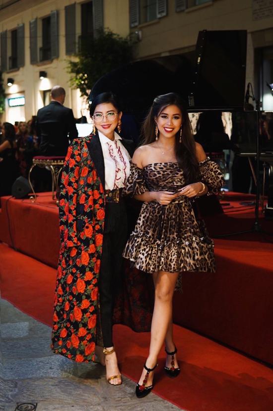Tại sự kiện thời trang danh giá tại Italy, Thủy Tiên và con gái được hội ngộ nhiều nhà thiết kế kế của các thương hiệu lừng danh trên thế giới.
