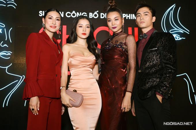 (Từ trái qua) Đạo diễn Kathy Uyên, Chi Pu, Thanh Hằng và Lãnh Thanh hội ngộ trong buổi họp báo của phim. Hoa hậu Mai Phương Thúy là một trong các nhà đầu tư của phim song vắng mặt vì việc riêng.