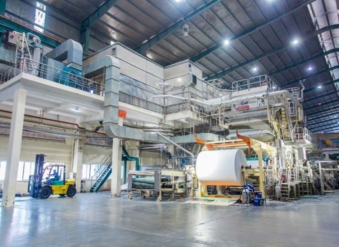 Máy xử lý giấy Corelex ở Hưng Yên có công suất khoảng 65 tấn một ngày.