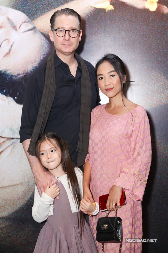 Gia đình ca sĩ Đoan Trang - doanh nhân