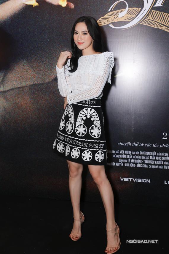 Gia đình Đoan Trang đi xem phim - 5