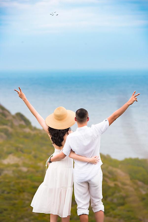 Mỗi lúc có thời gian rảnh, vợ chồng Ngọc Thạch thường xuyên sưởi ấm tình cảm bằng những chuyến du lịch ngắn ngày.