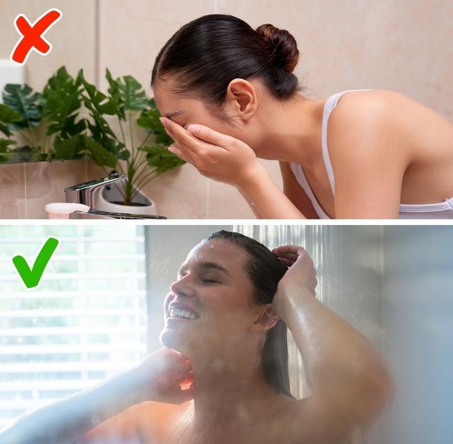 Không tắm vào buổi sáng Các nhà nghiên cứu thuộc Đại học Y Harvard đã chỉ ra rằng, tắm vào buổi sáng giúp bạn tỉnh táo, dễ tập trung hơn và tăng cường chức năng não bộ. Vì vậy, hãy dành thời gian cho việc tắm vào buổi sáng, bạn sẽ có một ngày làm việc năng động và hiệu quả hơn.